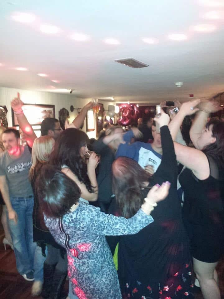 DJ-Tommy-Elliott-Wedding-Nightclub-Pub-And-Party-DJ-Kiltimagh-Mayo-Ireland-003