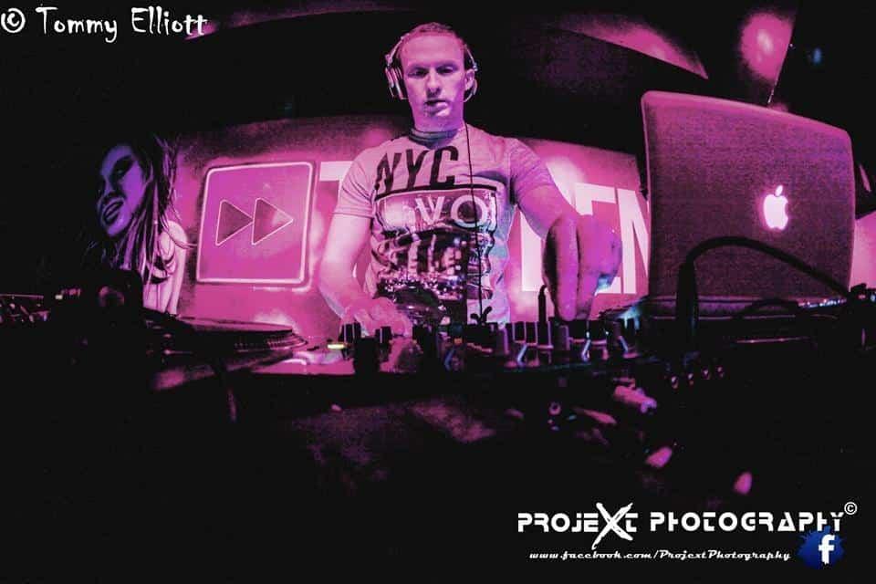 DJ-Tommy-Elliott-Wedding-Nightclub-Pub-And-Party-DJ-Kiltimagh-Mayo-Ireland-031