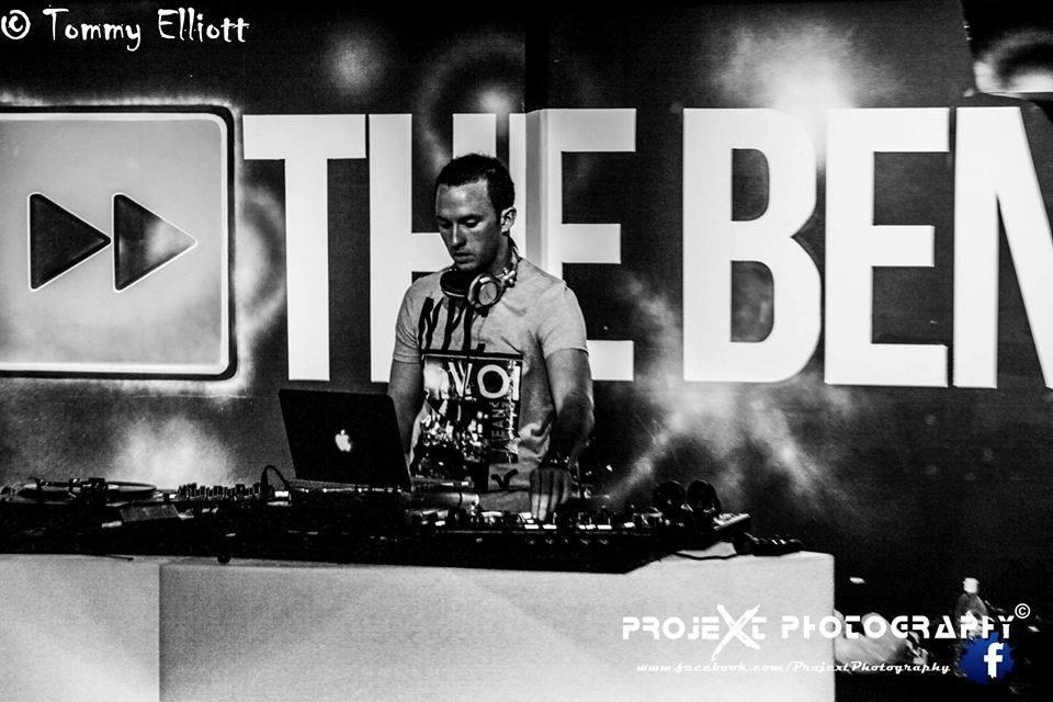 DJ-Tommy-Elliott-Wedding-Nightclub-Pub-And-Party-DJ-Kiltimagh-Mayo-Ireland-033