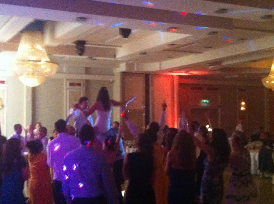 DJ-Tommy-Elliott-Wedding-Nightclub-Pub-And-Party-DJ-Kiltimagh-Mayo-Ireland-064