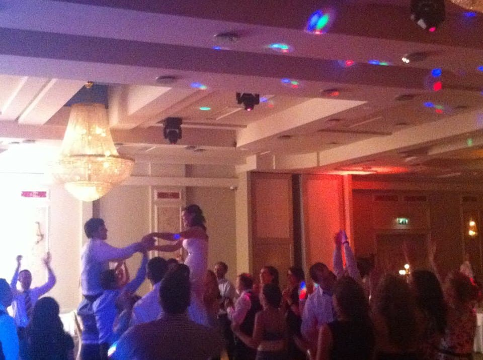 DJ-Tommy-Elliott-Wedding-Nightclub-Pub-And-Party-DJ-Kiltimagh-Mayo-Ireland-066