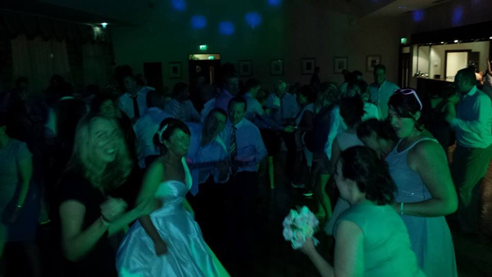 DJ-Tommy-Elliott-Wedding-Nightclub-Pub-And-Party-DJ-Kiltimagh-Mayo-Ireland-073